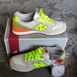 New Balance women's sneaker size 11